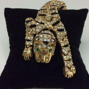Articulated Pin Brooch Jaguar Over the Shoulder